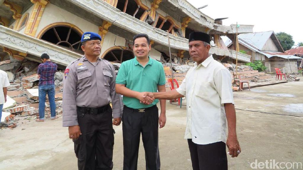 Citilink Beri Bantuan ke Warga Sekitar Musala 3 Lantai yang Runtuh di Aceh