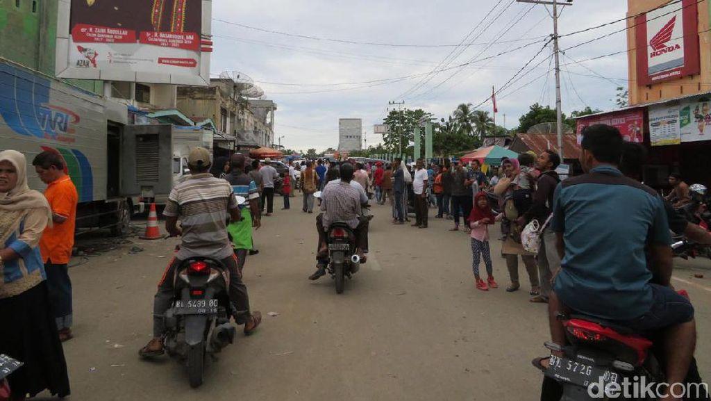 Gempa Kembali Terjadi, Warga di Pasar Meureudu Sempat Panik Berlarian