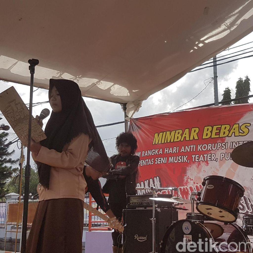 Peringati Hari Antikorupsi, Aktivis Banten Gelar Mimbar Bebas Melawan Korupsi