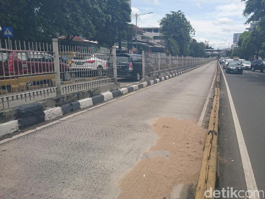 Pengendara yang Serobot Busway di Jatinegara Meninggal di RS