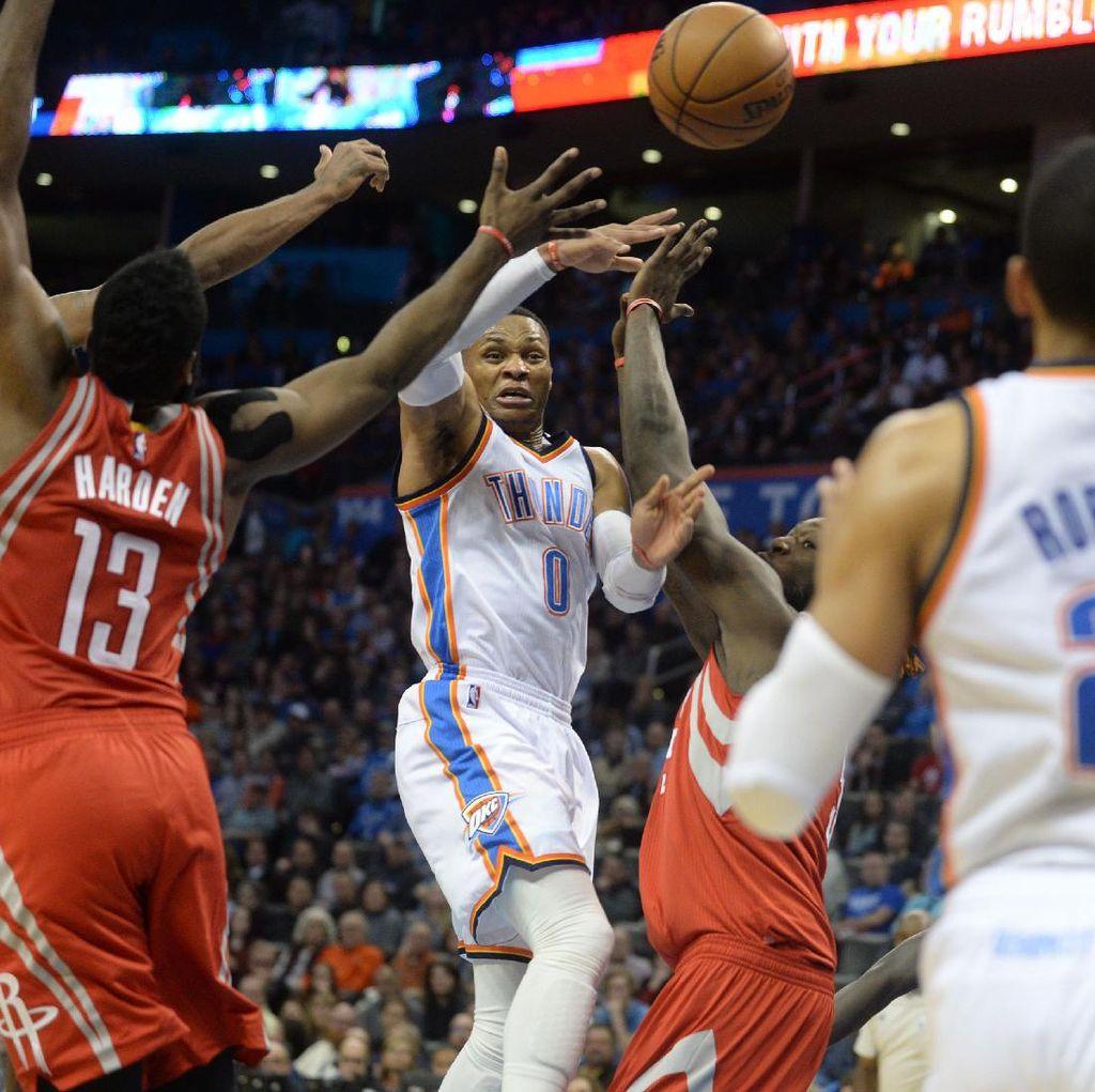 Westbrook Triple-Double Lagi, tapi Thunder Takluk dari Rockets