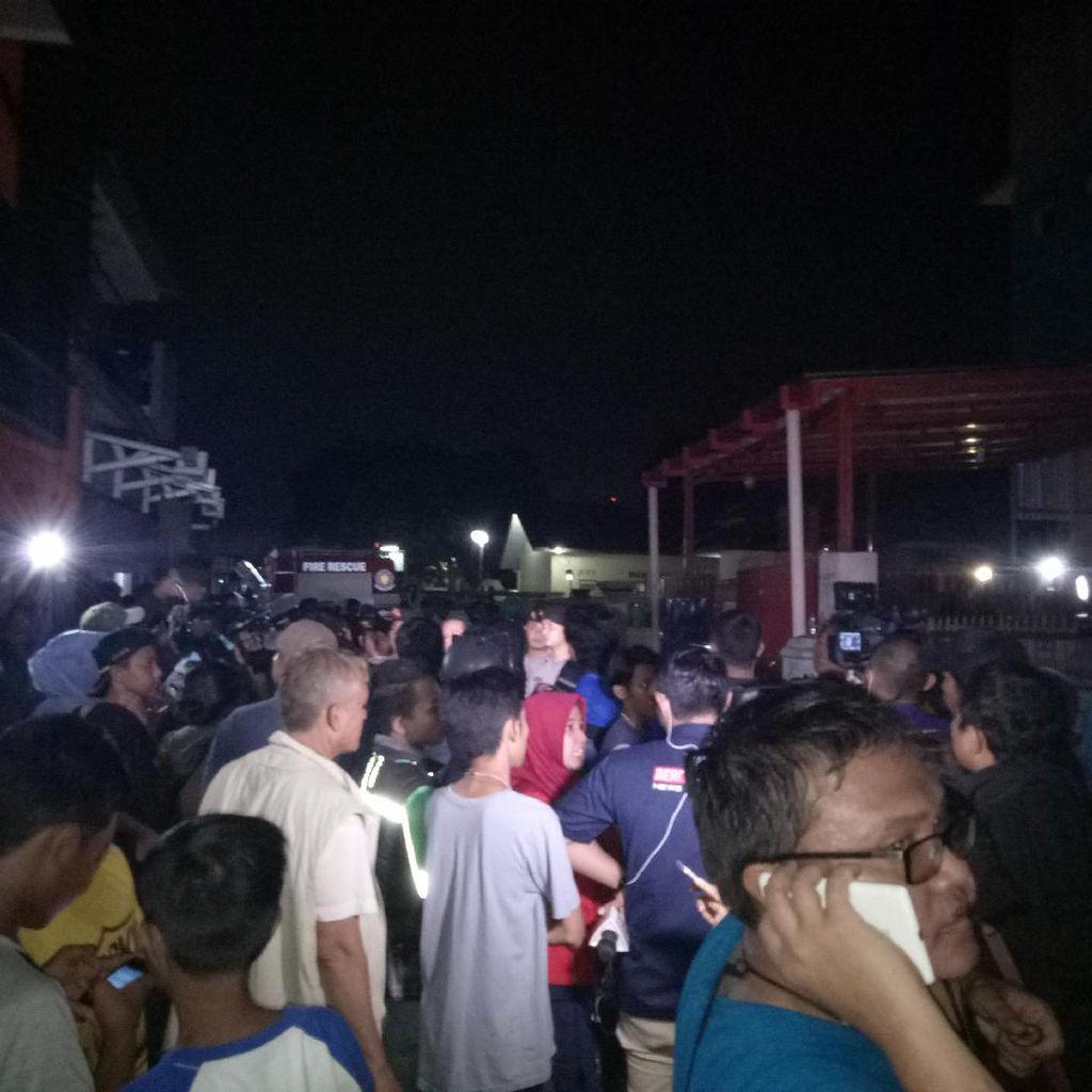 Bom Panci Sudah Diledakkan, Warga Diperbolehkan Mendekat ke Indekos Teroris
