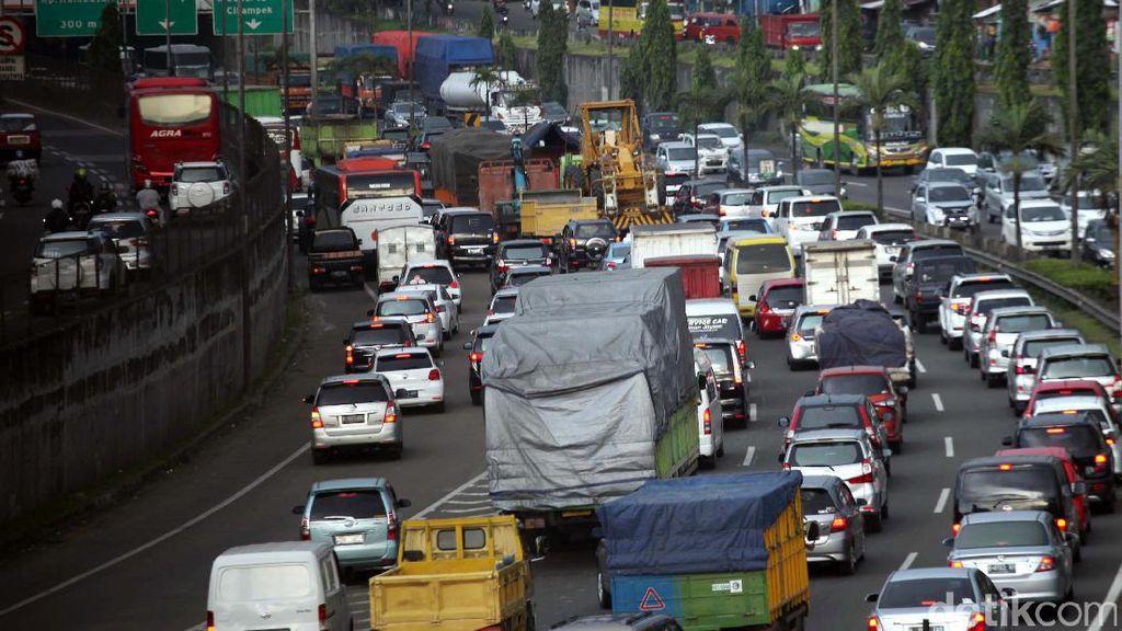 Long Weekend, Gerbang Tol Bogor Antre 2 Kilometer