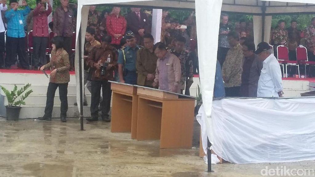 JK Resmikan Proyek Kantor Gubernur Hingga Universitas di Sulawesi Barat