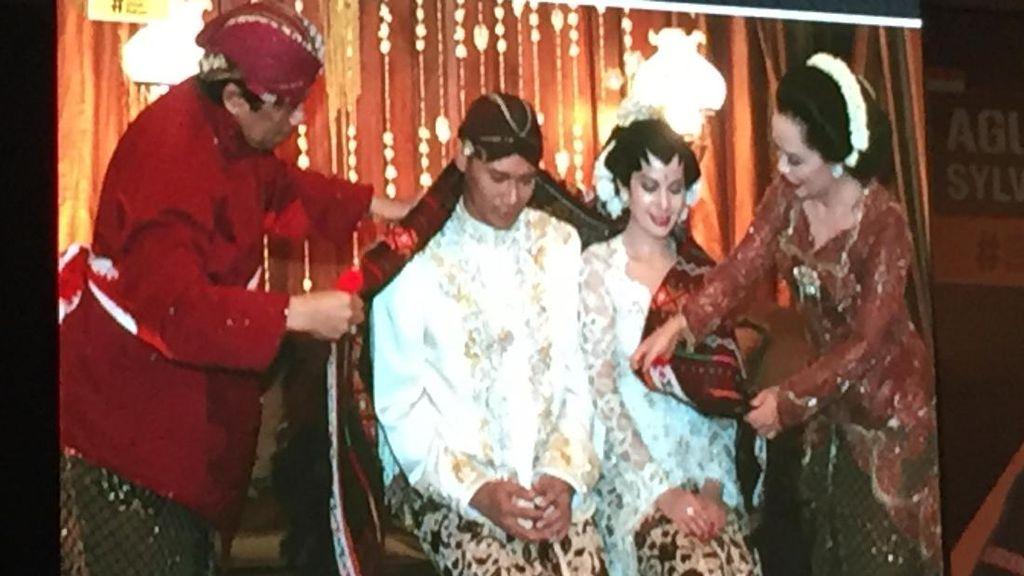 Bahas Keberagaman, Agus Yudhoyono Pamer Foto Pernikahan dengan Annisa