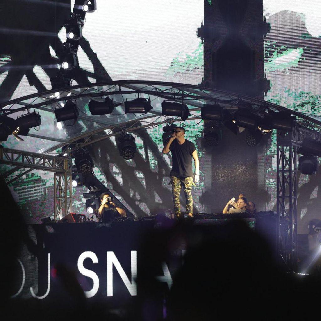 Pesta Pora Dini Hari Bersama DJ Snake
