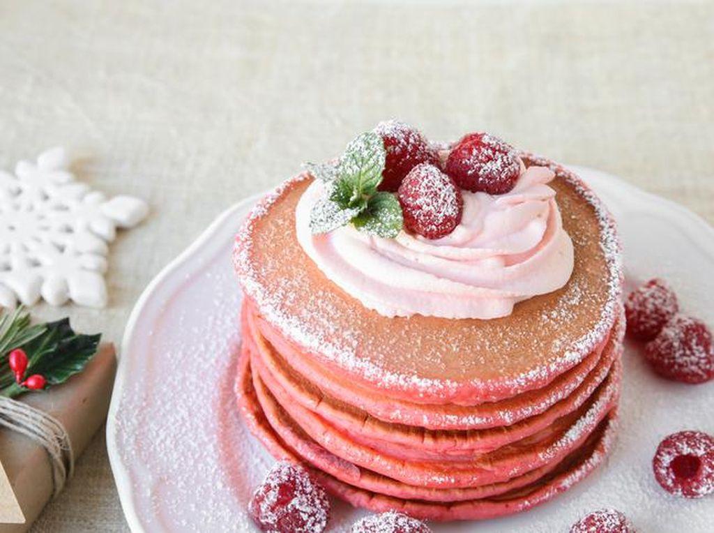 Ingin Buat Kreasi Pancake Menarik? Coba Saja Red Velvet Pancake Ini