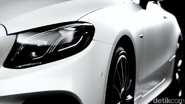 Mercy Bocorkan Tampang E-Class Coupe