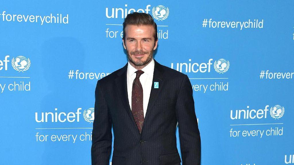 Patut Dicontoh, David Beckham Tolong Wanita Tua Korban Kecelakaan