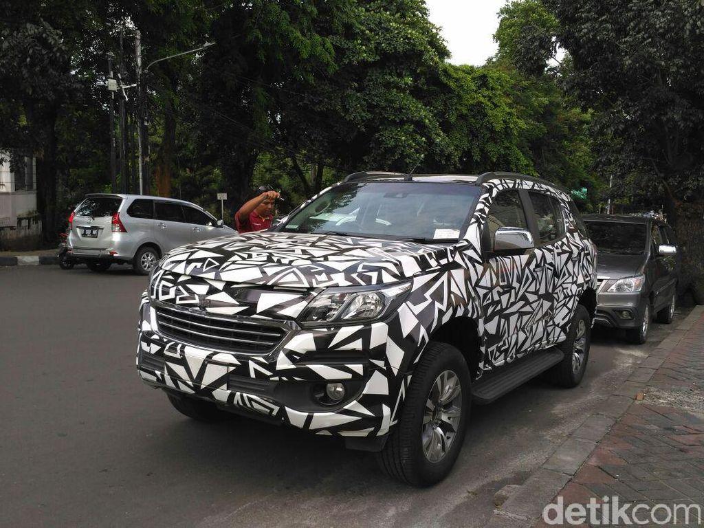 Chevrolet Trailblazer Ketangkap Kamera Diuji di Jalanan Jakarta