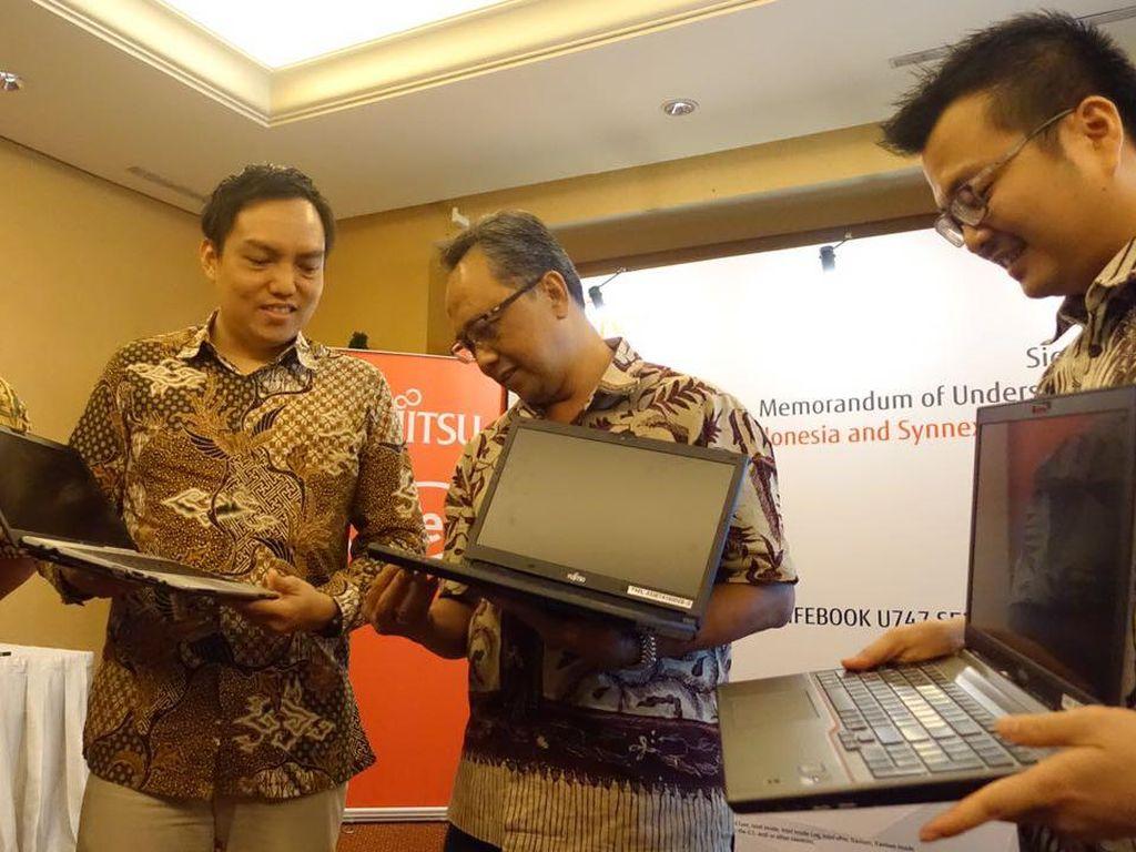 Fujitsu Nyemplung ke Pasar Laptop Consumer