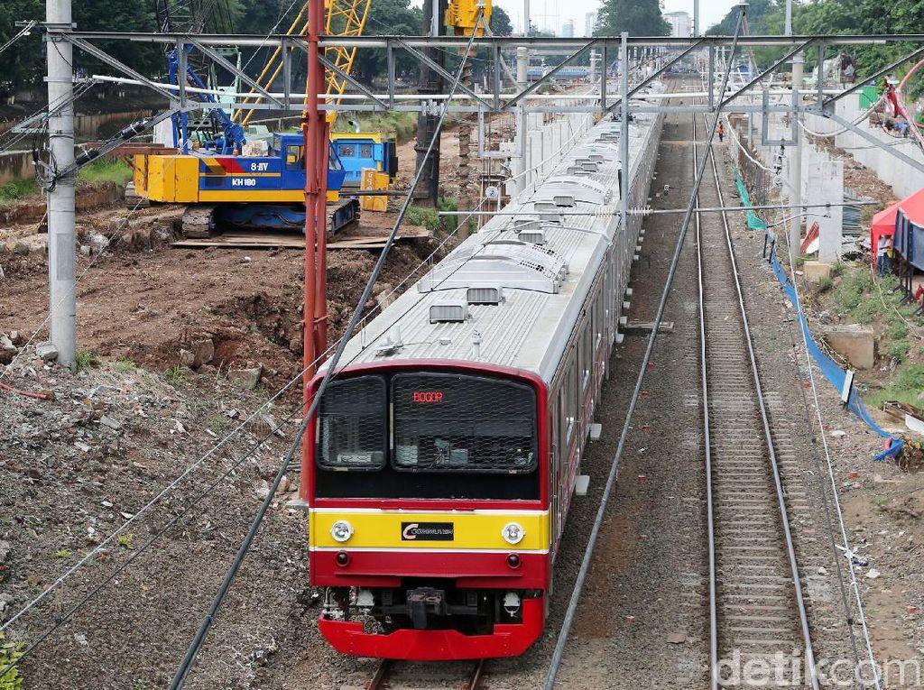 Pembangunan Jalur Kereta Bandara di Dukuh Atas