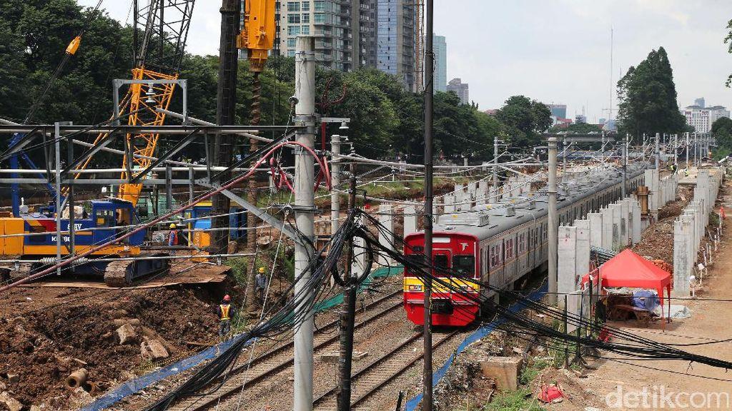 Jalur Kereta Magelang-Yogya akan Dibangun di Samping Jalan Tol
