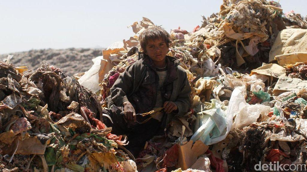 Miris, Gunungan Sampah di Yaman Tambah Kesengsaraan Perang