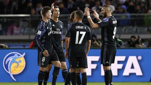 Gol Benzema dan Ronaldo Loloskan Madrid ke Final