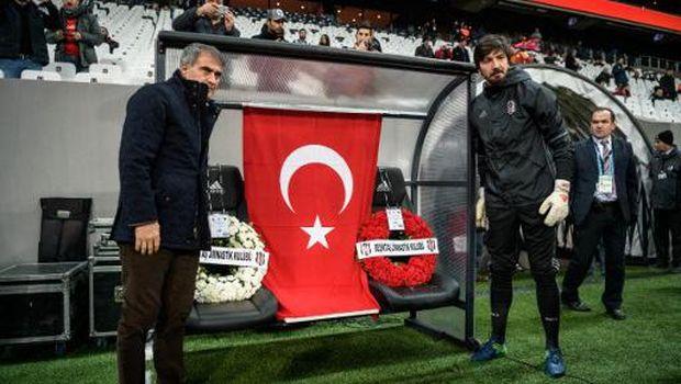Aksi Solidaritas Fans-Fans Klub Turki Usai Insiden Bom di Stadion Besiktas