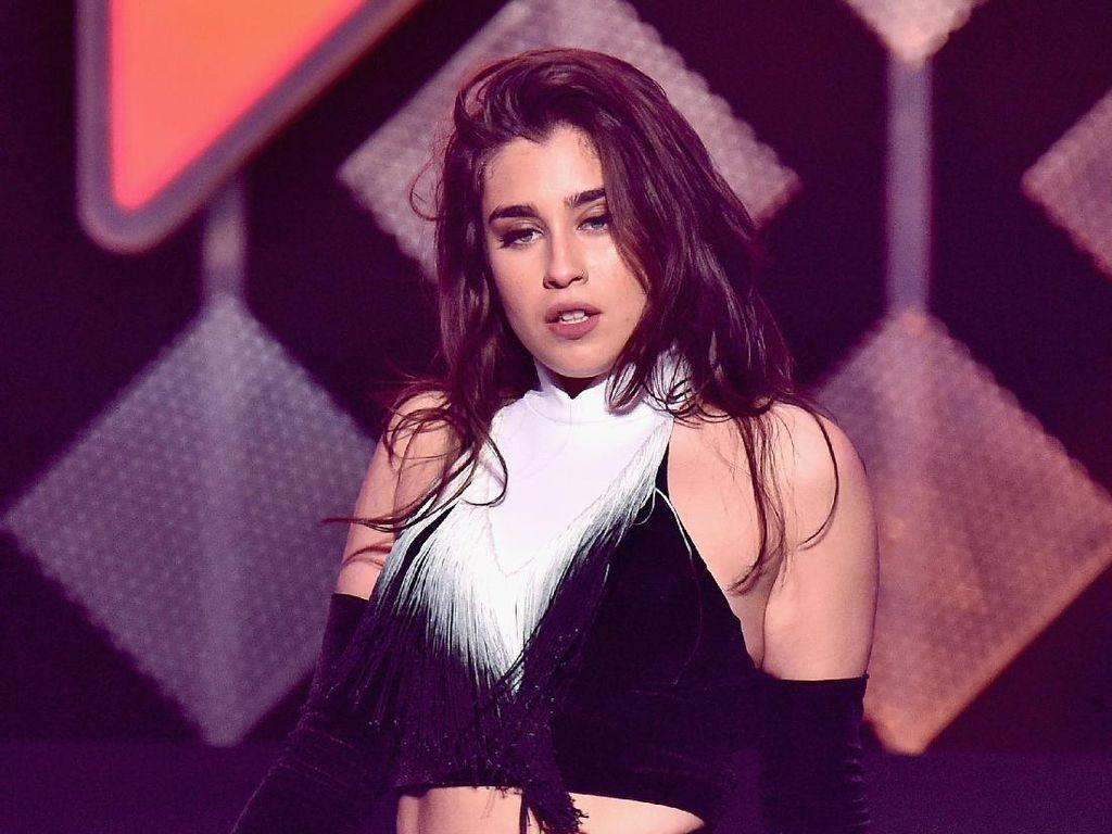 Fifth Harmony Vakum, Lauren Jauregui Jadi Model Playboy