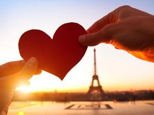 <i>Sweet</i>, 5 Kisah Cinta Ini Lebih Romantis Dibanding Cerita Dongeng