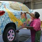 Seniman Ini Jadikan Renault Kwid Sebagai Kanvas