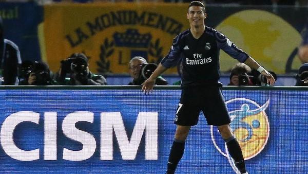 Terkait Teknologi <I>Video Replay</I>, Ronaldo: TV-nya Rusak, Ya?