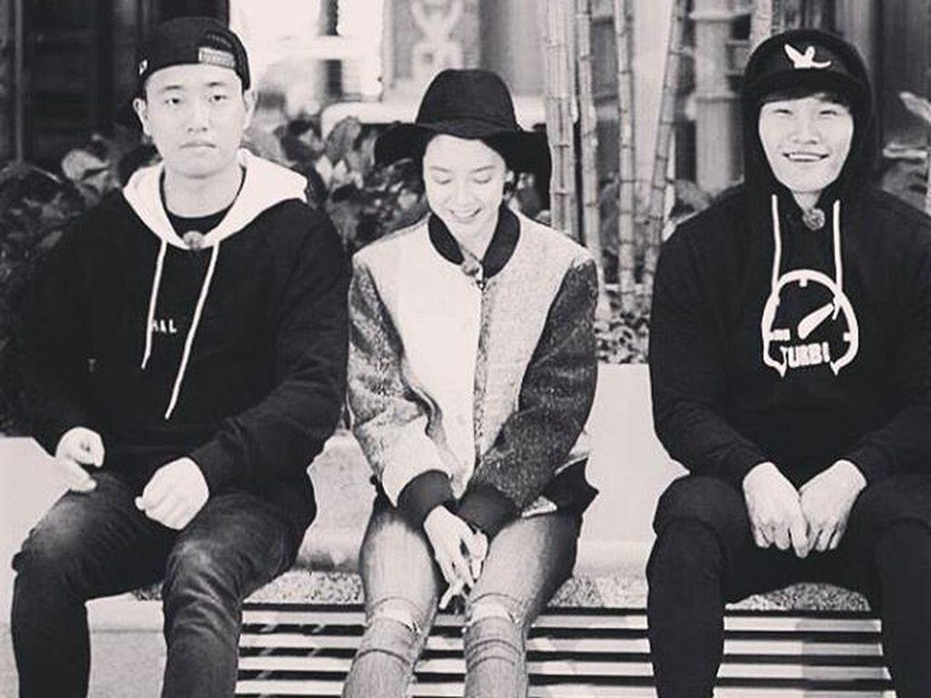 Song Ji Hyo dan Kim Jong Kook Akan Donasikan Gaji dari Running Man
