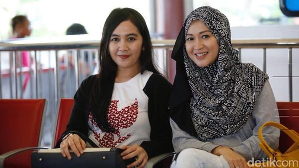 WAGs Timnas Juga Serbu Bangkok