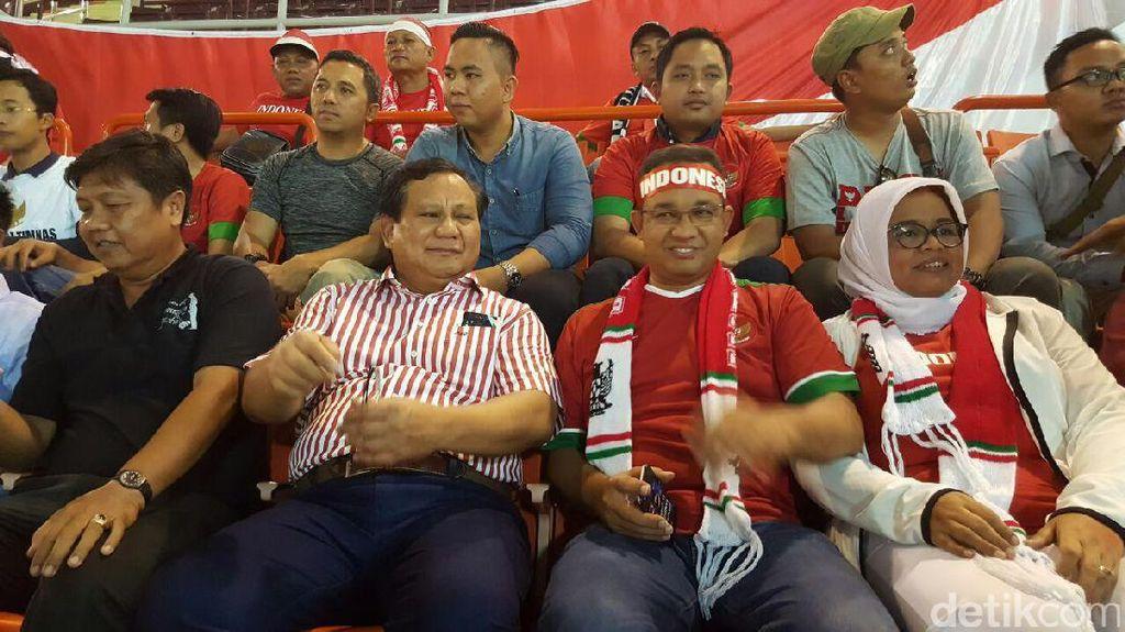 Kala Anies dan Prabowo Bertemu di Stadion Rajamangala