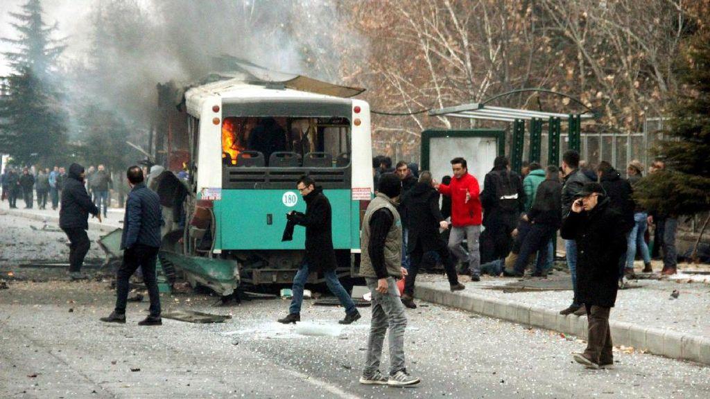 Erdogan Sebut Militan Kurdi Dalang Bom Mobil yang Tewaskan 13 Tentara