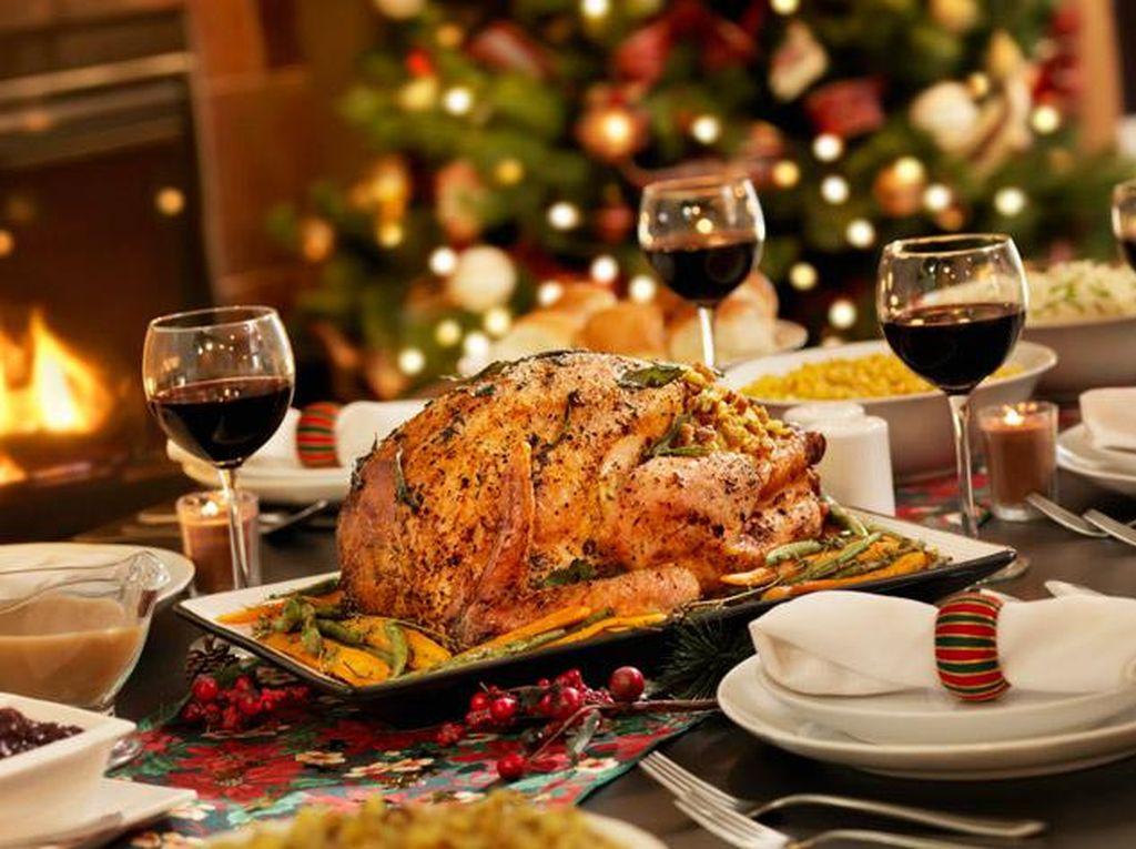 Kalkun Panggang dan Foie Gras untuk Santap Malam Natal Ada di Restoran Hotel Berbintang Ini