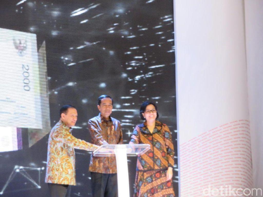 Jokowi: Dalam Setiap Lembar Rupiah Ada Gambar Pahlawan Nasional dari Nusantara