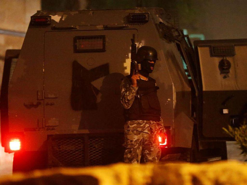 Penembakan di Yordania, Tujuh Orang Tewas