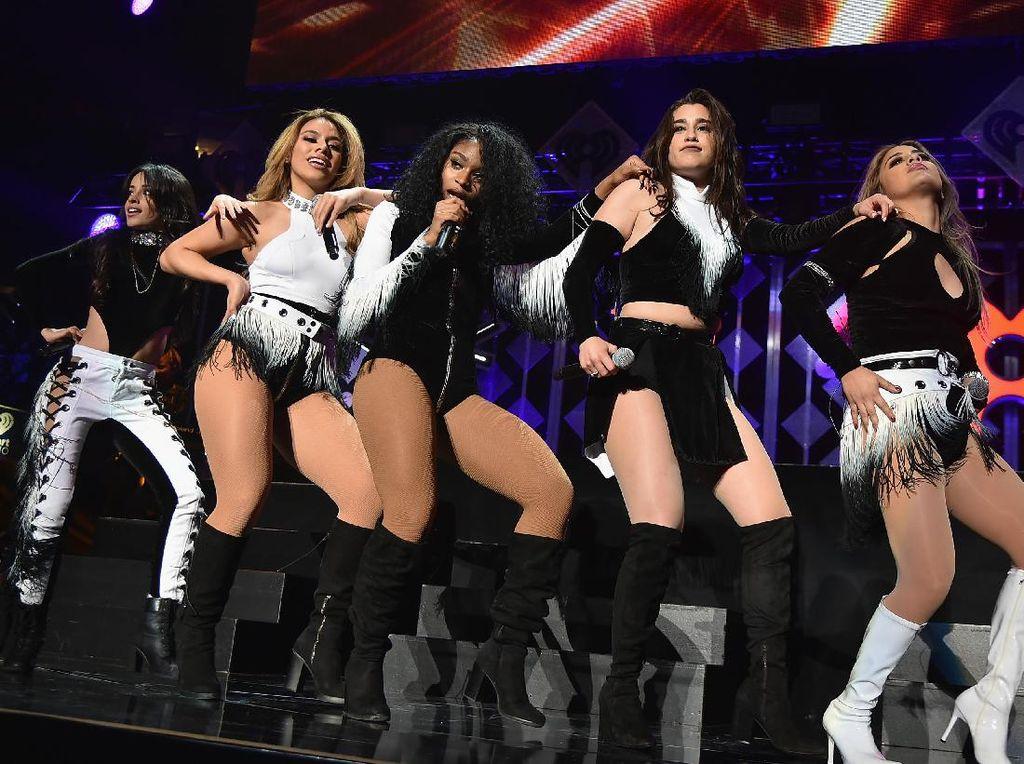 Benarkah Camila Keluar dari Fifth Harmony karena Didepak?