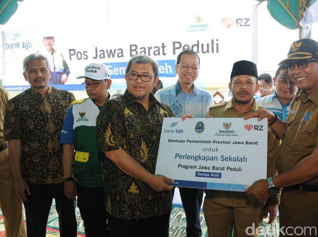 Gubernur Jabar Salurkan Bantuan Rp 4 Miliar untuk Korban Gempa di Aceh