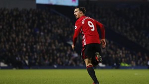 Ibrahimovic: Trofi <i>Premier League</i> Lebih Penting daripada Sepatu Emas