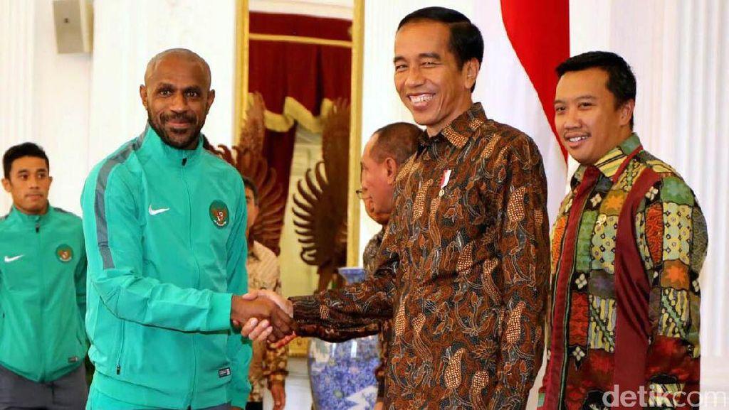 Undang Belasan Menteri, Jokowi akan Gelar Rapat Percepatan Pembangunan Persepakbolaan Nasional