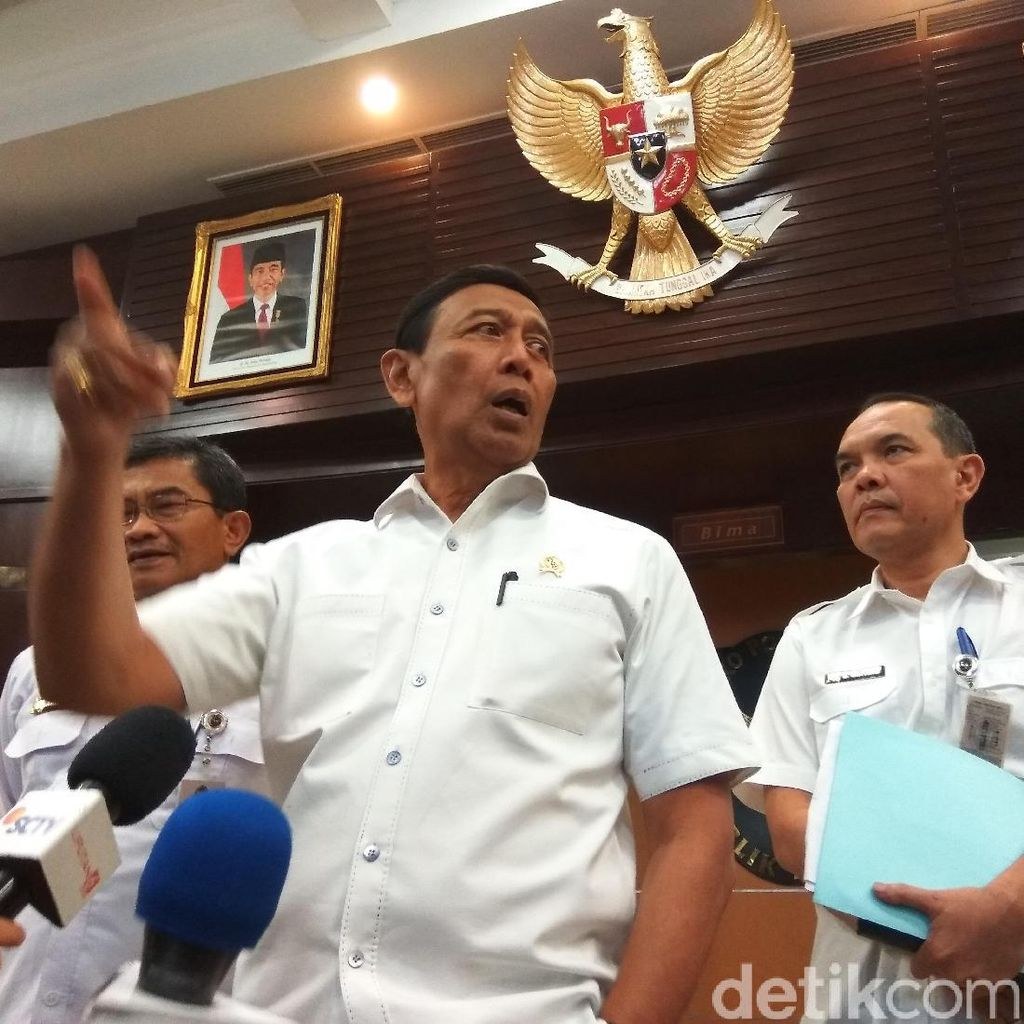 Wiranto Tindak Tegas Penyebar Hoax