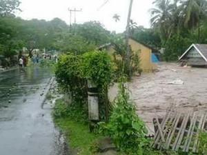 Transportasi di Bima Juga Terputus Akibat Banjir, Ekonomi Lumpuh