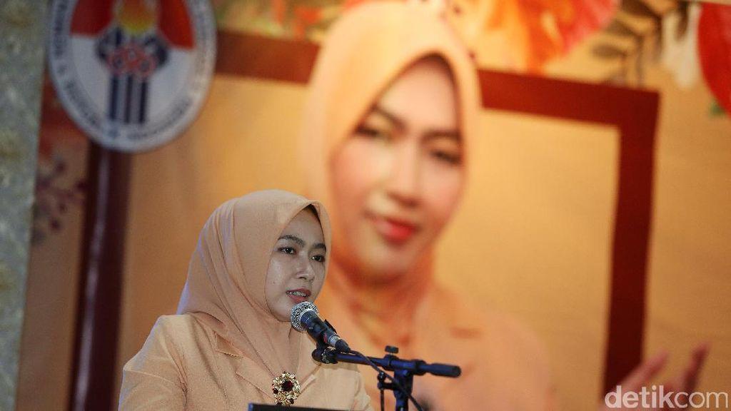 Istri Menpora Hadiri HUT Dharma Wanita Persatuan