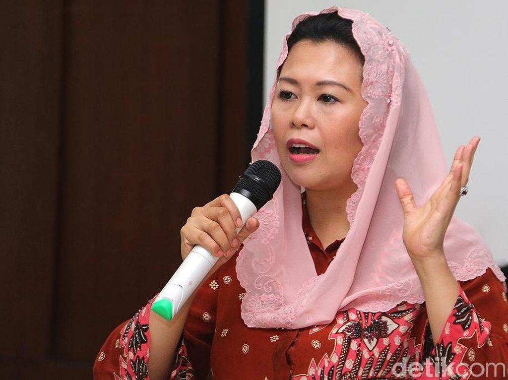 Yenny Wahid Jamin Tak Ada Lagi Awak Kabin Istimewa di Garuda