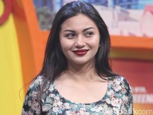 Ariel Tatum Dituding Operasi Plastik, Dewi Persik Ditembak Cowok