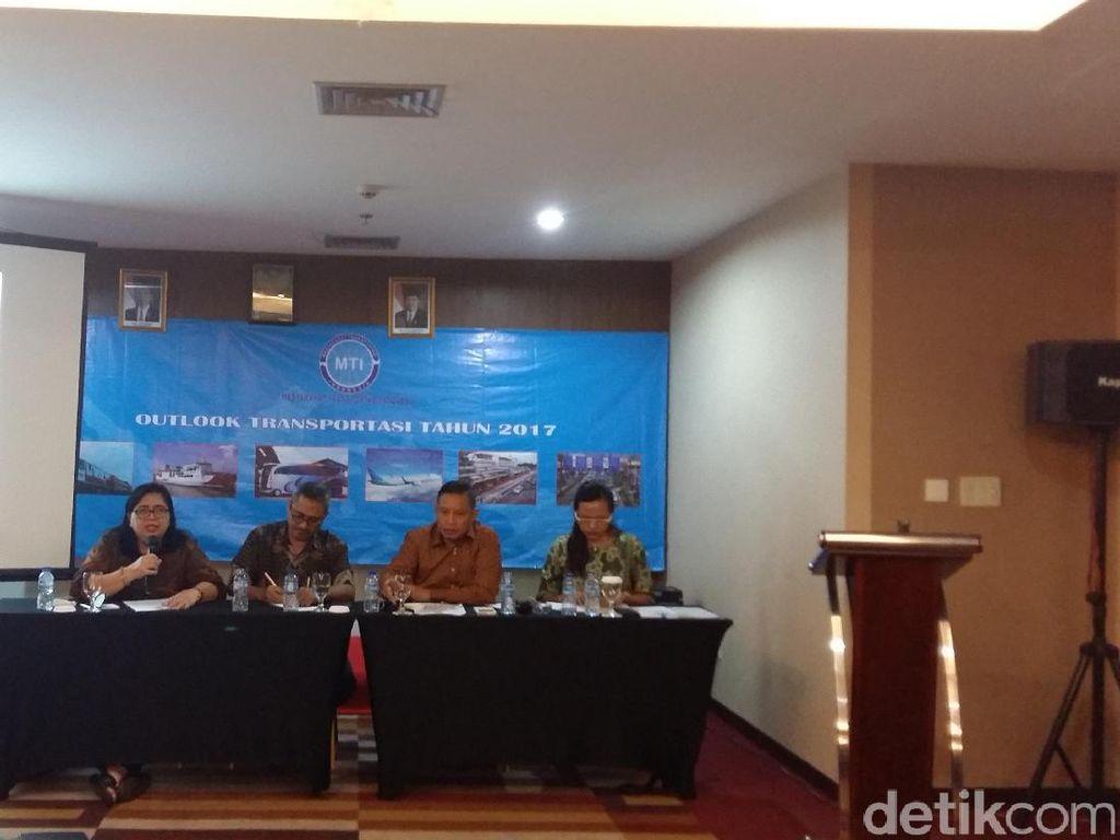 MTI Apresiasi Penghematan Jokowi Tak Potong Dana Infrastruktur Transportasi