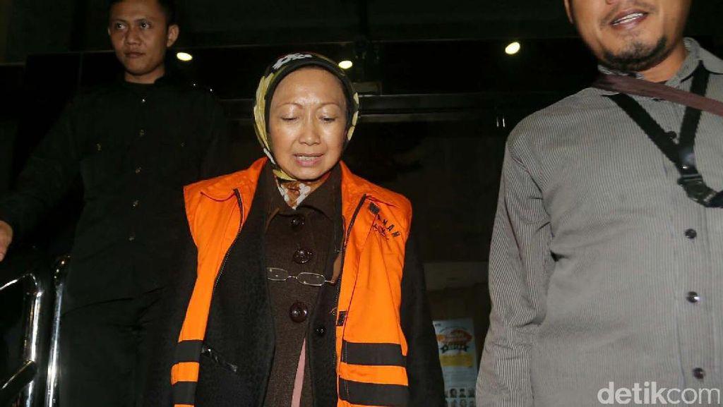 Pemeriksaan Lanjutan Wali Kota Cimahi Atty Suharti