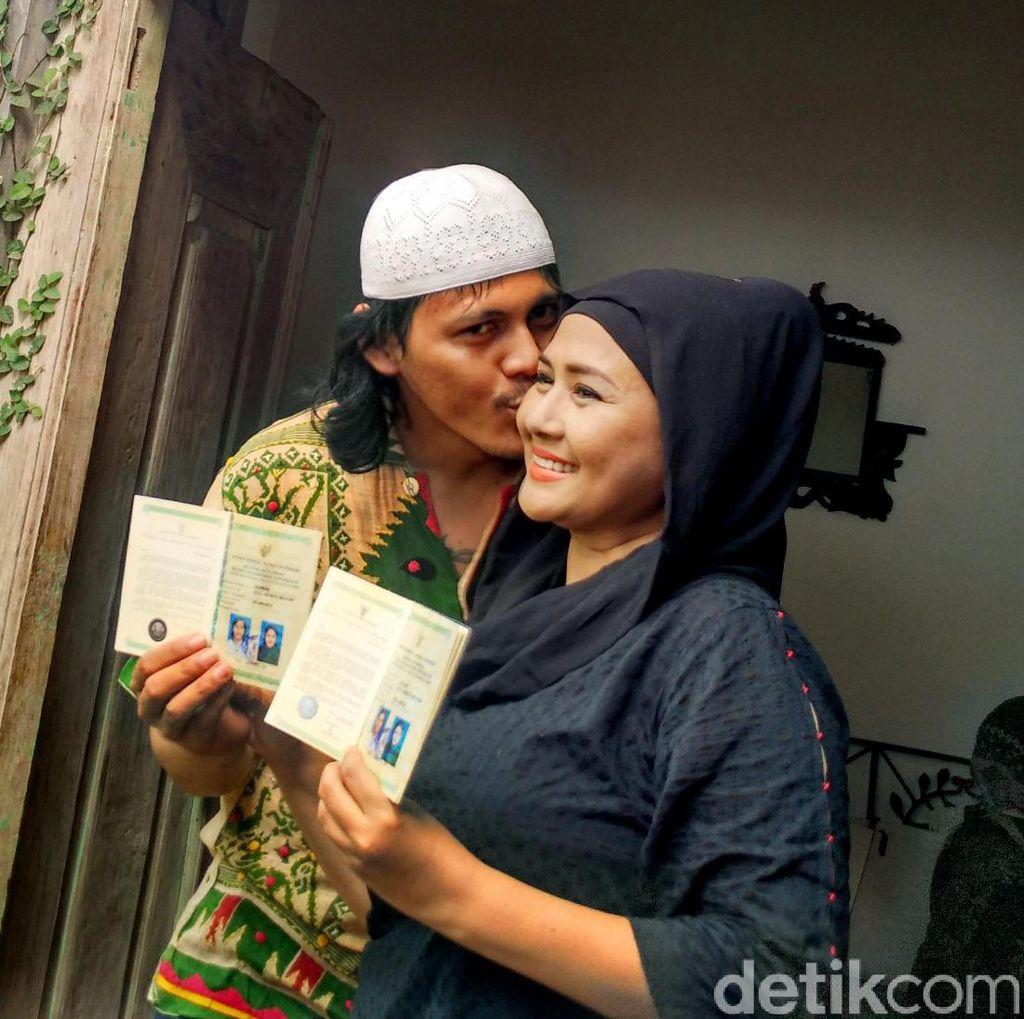 Cerita Ria Irawan Usir Suami dari Kasur, Hingga Resep Cegah Guna-guna