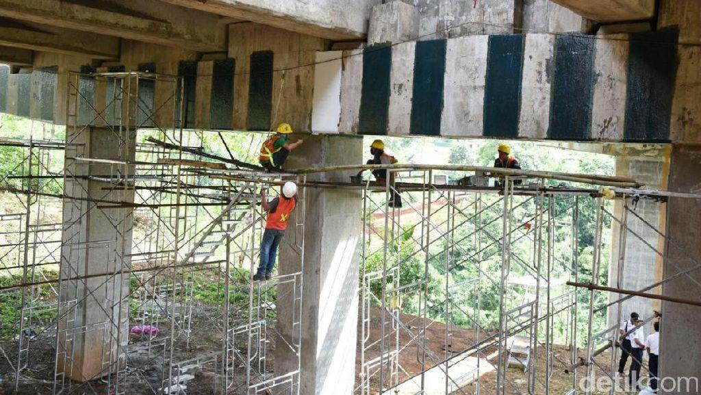 Jembatan Cisomang Tol Purbaleunyi Geser 53 Cm, Pengemudi Diminta Hati-hati