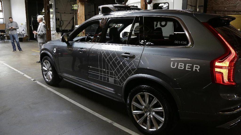 Uber Sediakan Tumpangan Red Army ke Old Trafford