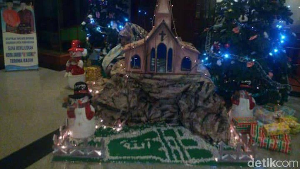 Ini Motif Tersangka Tulis Lafaz Allah di Pohon Natal di Jambi