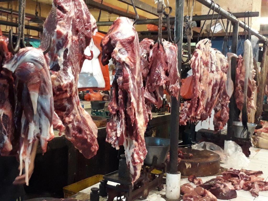 Dirjen Pajak Buru Pengusaha Daging Sapi yang Kemplang Pajak