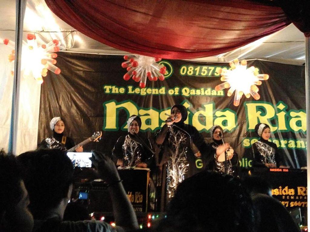 Racun Transparan, Lagu Terakhir KH Buchori untuk Nasida Ria