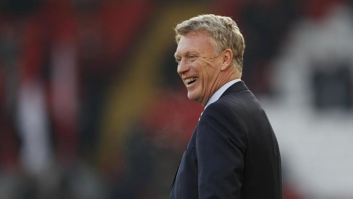 Football Soccer Britain - Liverpool v Sunderland - Premier League - Anfield - 26/11/16 Sunderland manager David Moyes before the match  Action Images via Reuters / Lee Smith Livepic EDITORIAL USE ONLY. No use with unauthorized audio, video, data, fixture lists, club/league logos or