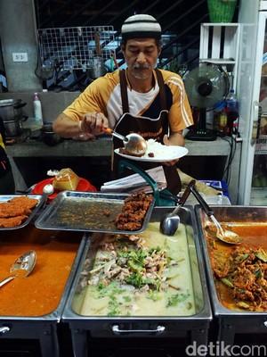 Mudahnya Mencari Kuliner Halal di Thailand